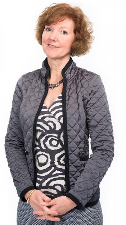 Sandra Minnee